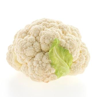Kalafiory na białym tle