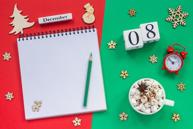 Kalendarz 8 grudnia szklanka kakao i pianki
