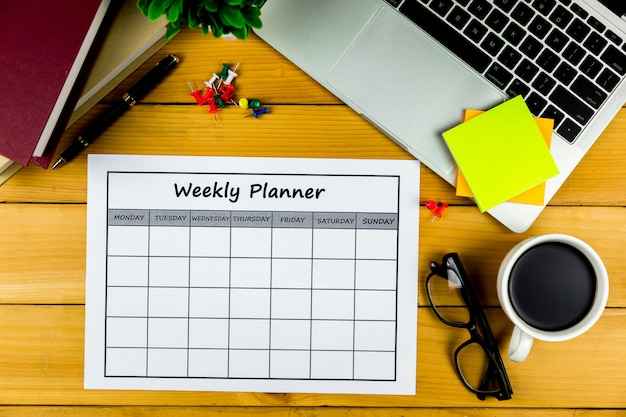 Kalendarz tygodniowy plan prowadzenie działalności gospodarczej lub działalność za tydzień.