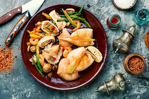 Kalmary faszerowane warzywami