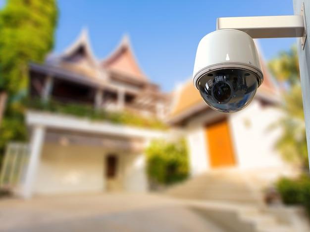 Kamera bezpieczeństwa renderowania 3d lub kamera cctv na zewnątrz