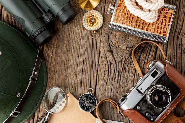Kamera i lornetka z widokiem z góry