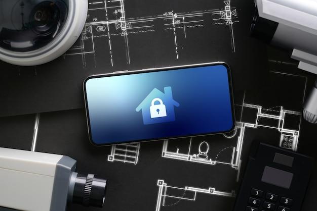 Kamera internetowa bezpieczeństwa cctv z ikonowym interfejsem na smartfonie