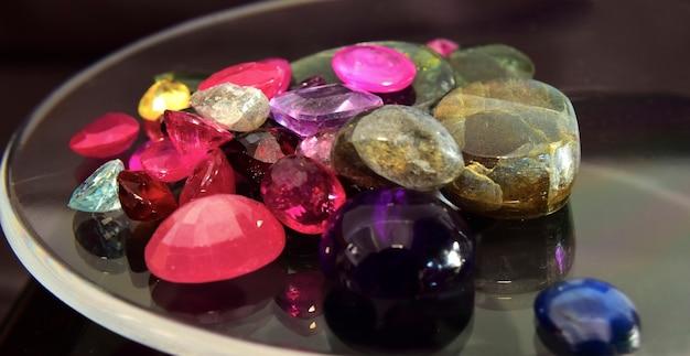 Kamień jubilerski