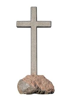 Kamienny krzyż na kamieniu na białym tle na białym tle. zdjęcie wysokiej jakości