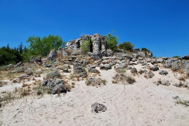 Kamienny las, pobiti kamani w varan, bułgaria