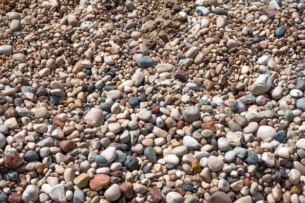 Kamyki na plaży
