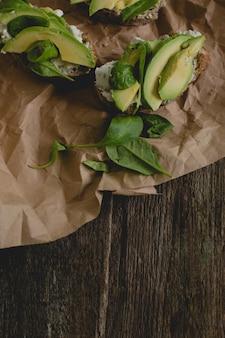 Kanapki na stole