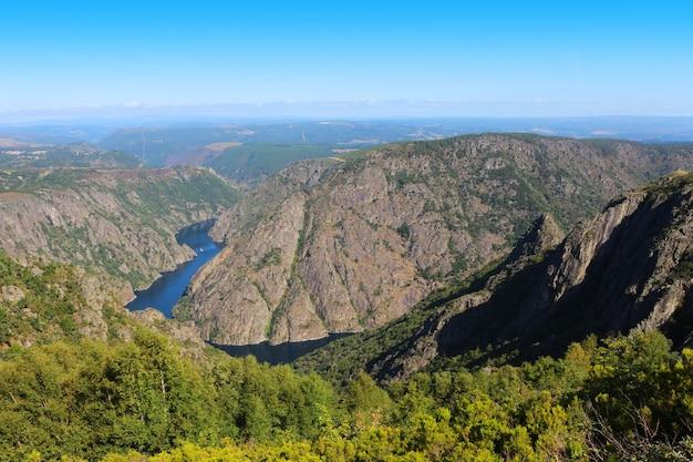 Kanion sil, ribeira sacra, ourense, galicja, hiszpania.