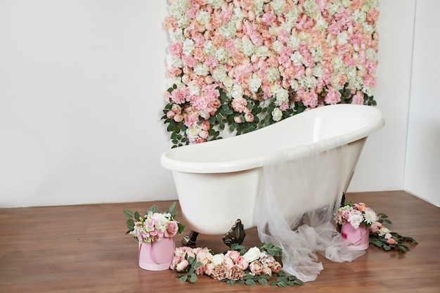 Kąpiel na kolorowym tle