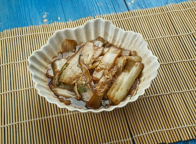 Kapusta syczuańska napa - suan la bai cai, przystawka warzywna w chinach