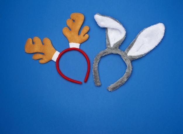 Karnawałowe maski futra, obręcz z królikiem i rogate uszy jelenia