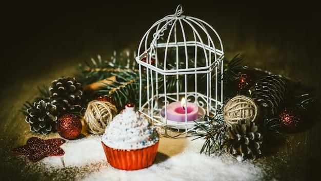 Kartka świąteczna. piękna kompozycja świąteczna .zdjęcie z miejscem na kopię