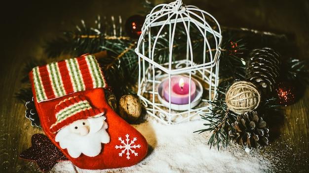 Kartka świąteczna. świąteczna kompozycja świąteczna .zdjęcie z miejscem na kopię
