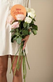 Kartka urodzinowa z asortymentem kwiatów