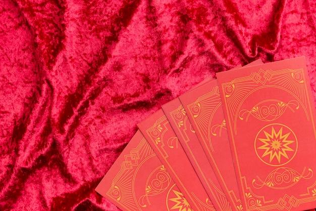 Karty chińskiego nowego roku na aksamicie