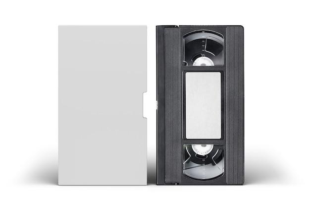 Kaseta wideo vhs z pustą pokrywą i odizolowaną etykietą