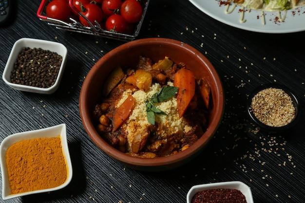 Kasza jaglana gotowana na parze z warzywami