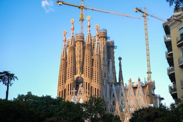 Katedra sagrada familia w barcelonie w hiszpanii. 16.11.2019