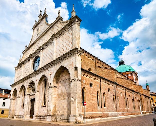 Katedra santa maria annunziata w vicenzy we włoszech
