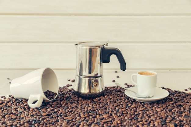 Kawa dekoracja z moka pot
