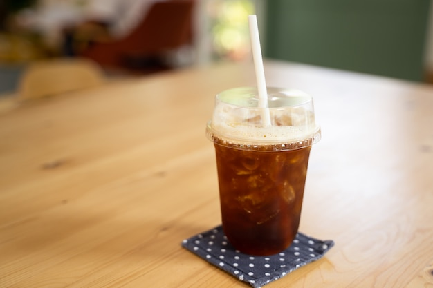 Kawa mrożona na stole