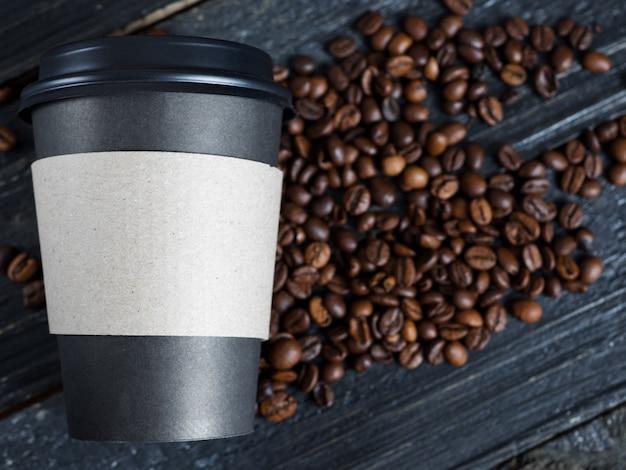 Kawa na wynos na palonej fasoli