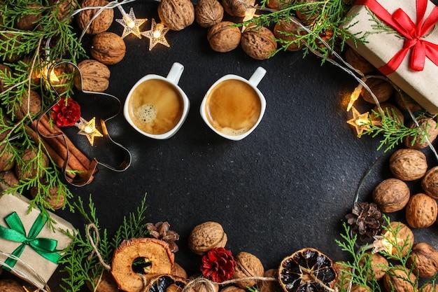 Kawa, nowy rok, boże narodzenie lub świąteczne święto noel