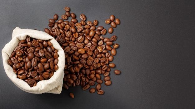 Kawa w worku w ciemności