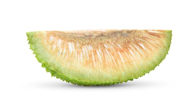 Kawałek owocu chleba na białym tle
