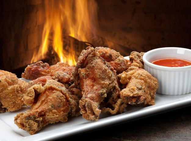 Kawałki smażonego kurczaka
