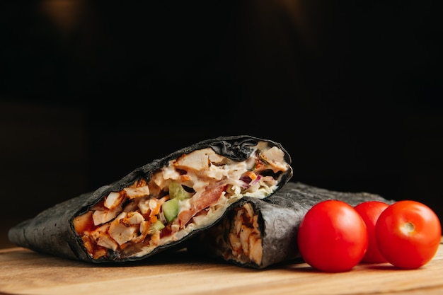 Kebab czarny doner