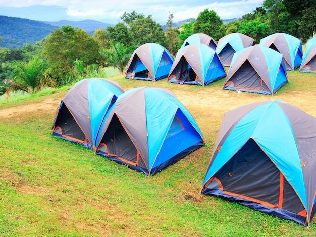 Kemping namiotowy w parku narodowym