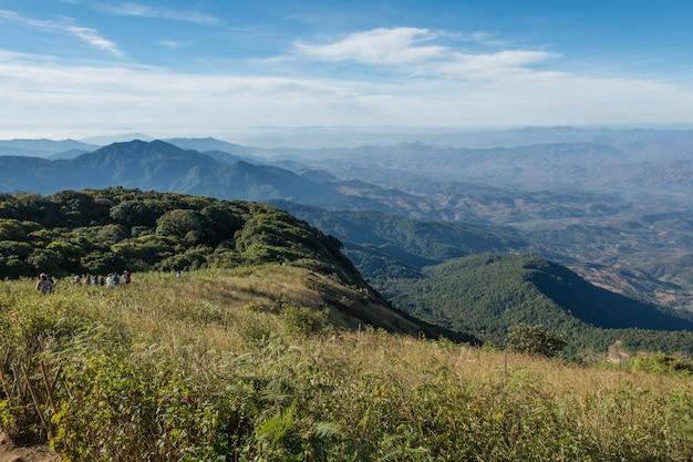 Kew mae niecki natury ślad przy doi inthanon parkiem narodowym, chiangmai tajlandia