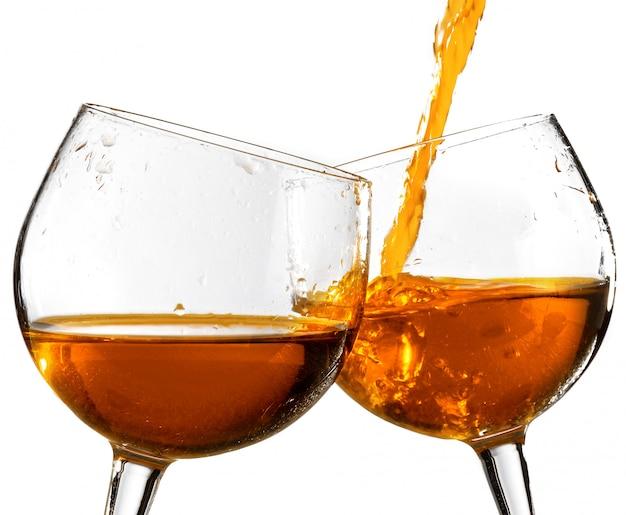 Kieliszki wzmocnionego wina