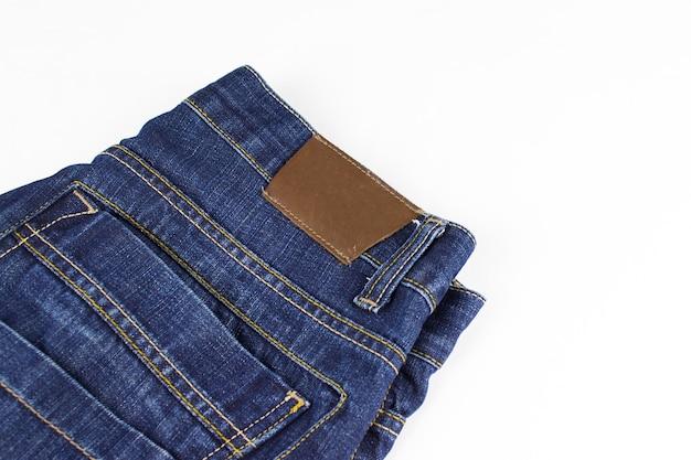 Kieszeń i nit na dżinsach. górna część jeansów. skopiuj miejsce.