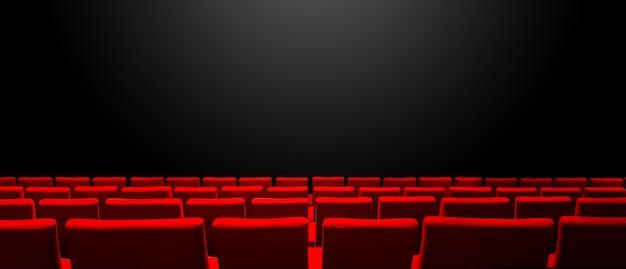 Kino kino z czerwonymi rzędami siedzeń