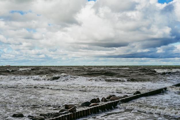 Kiting na zimnym morzu bałtyckim