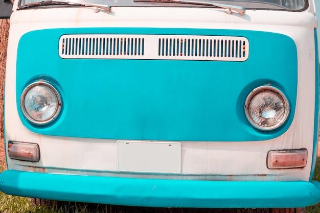 Klasyczne stare reflektory samochodowe, klasyczne stare samochody piękne pastelowe kolory