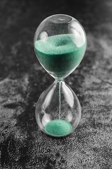 Klasyczny styl vintage stary zegar klepsydra klepsydra