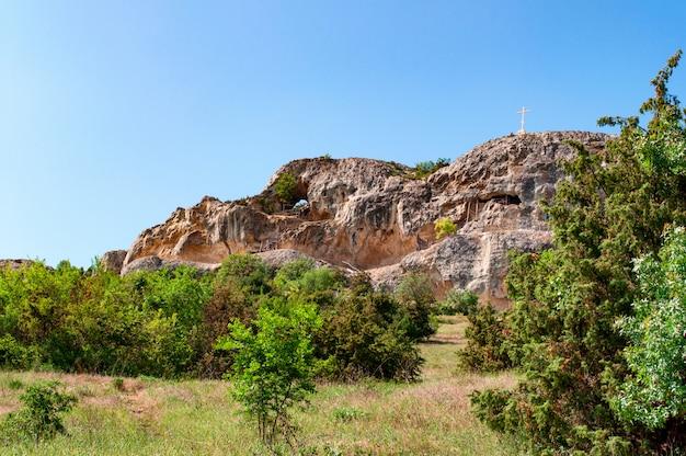 Klasztor chelter-marmara w mount chelter-kaya, ukraina