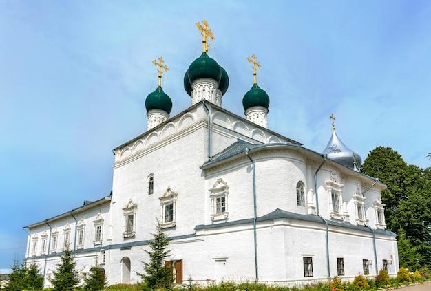 Klasztor nikitsky w regionie pereslavl-zalessky - jarosław, złoty pierścień rosji