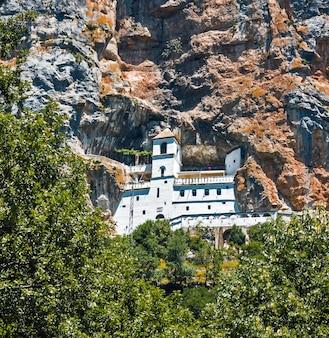 Klasztor ostrog w czarnogórze