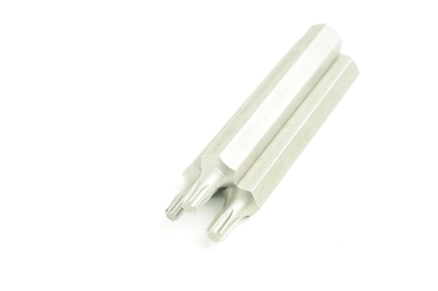 Klucz oczkowy sześciokątny dla mechaników samochodowych na na białym tle biały.
