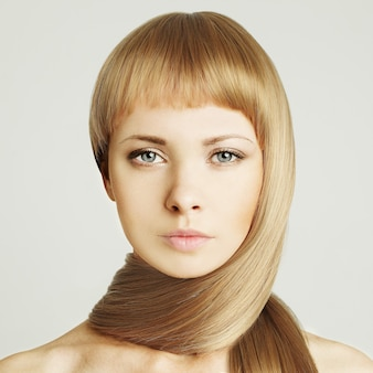 Kobieta, blond włosy salon kosmetyczny tło