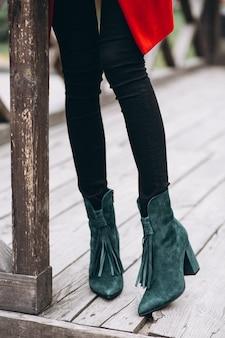 Kobieta buty z bliska