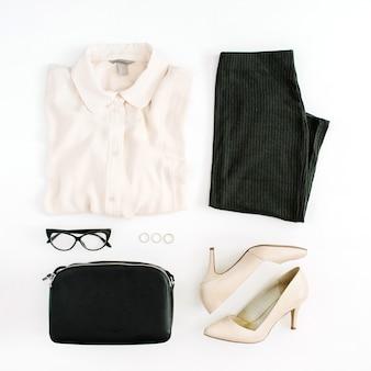 Kobieta, nowoczesna moda odzież i akcesoria