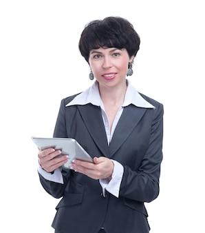 Kobieta nowoczesny biznes z cyfrowym tabletem. na białym tle