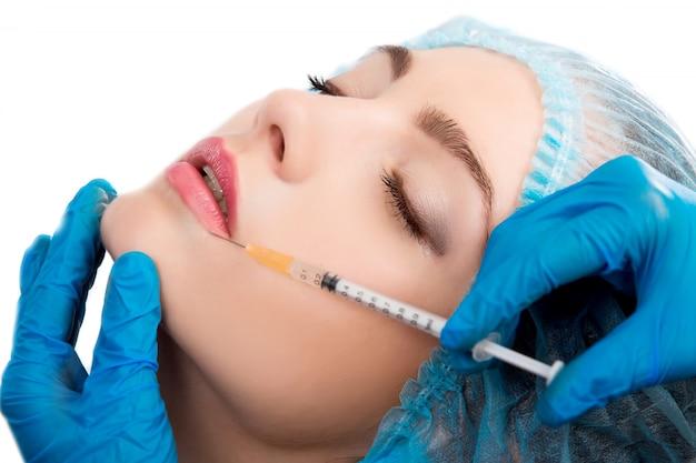 Kobieta otrzymująca zastrzyk botoksu