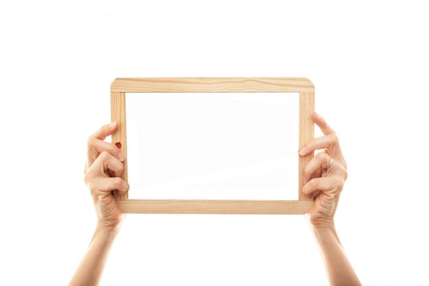 Kobieta ręce trzymając tablica tablica